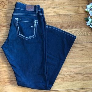 BKE 33x32.5 Culture Bootcut Jeans